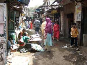 slum-tourism-01